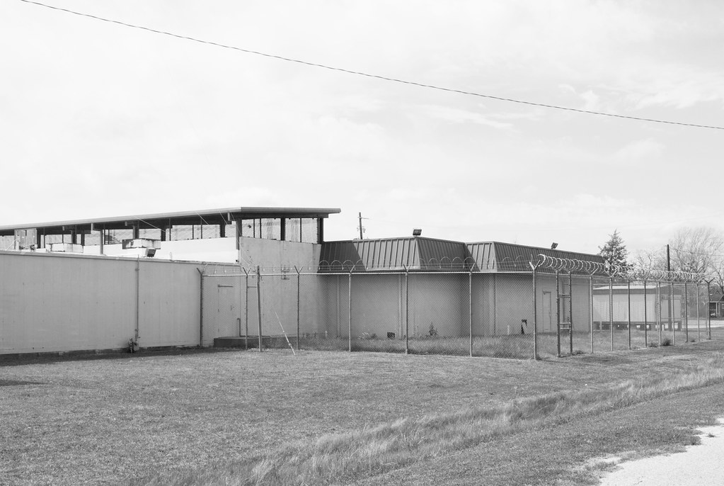 Waller County Jail, Hempstead, Texas 1603061229bw | The jail