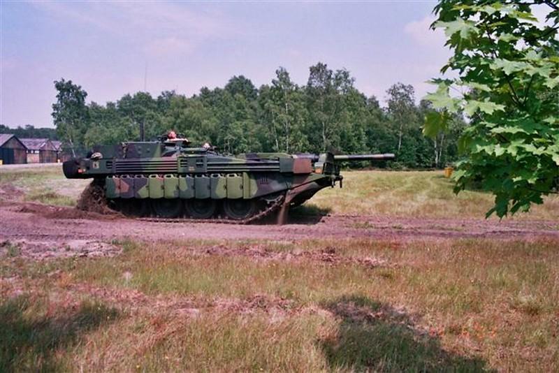 STRV-103C 1