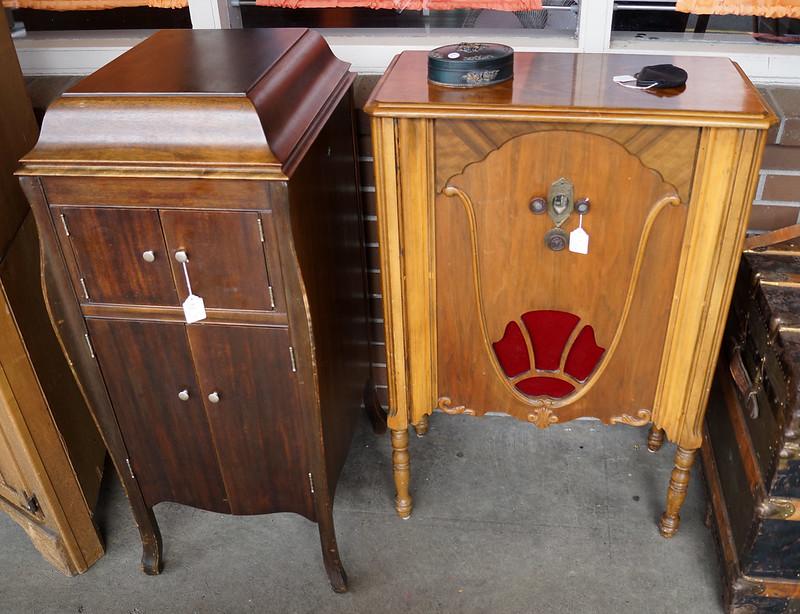 Sale at Castle Rock Mercantile Antique Mall DSC01398