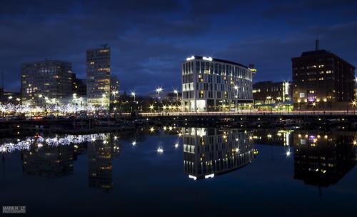 night liverpool reflections cityscapes nighttimephotography longexposurephotography thehiltonhotel thesalthousedock