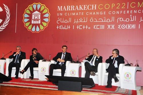 Présentation de la feuille de route du Maroc pour la COP22   by maec_maroc
