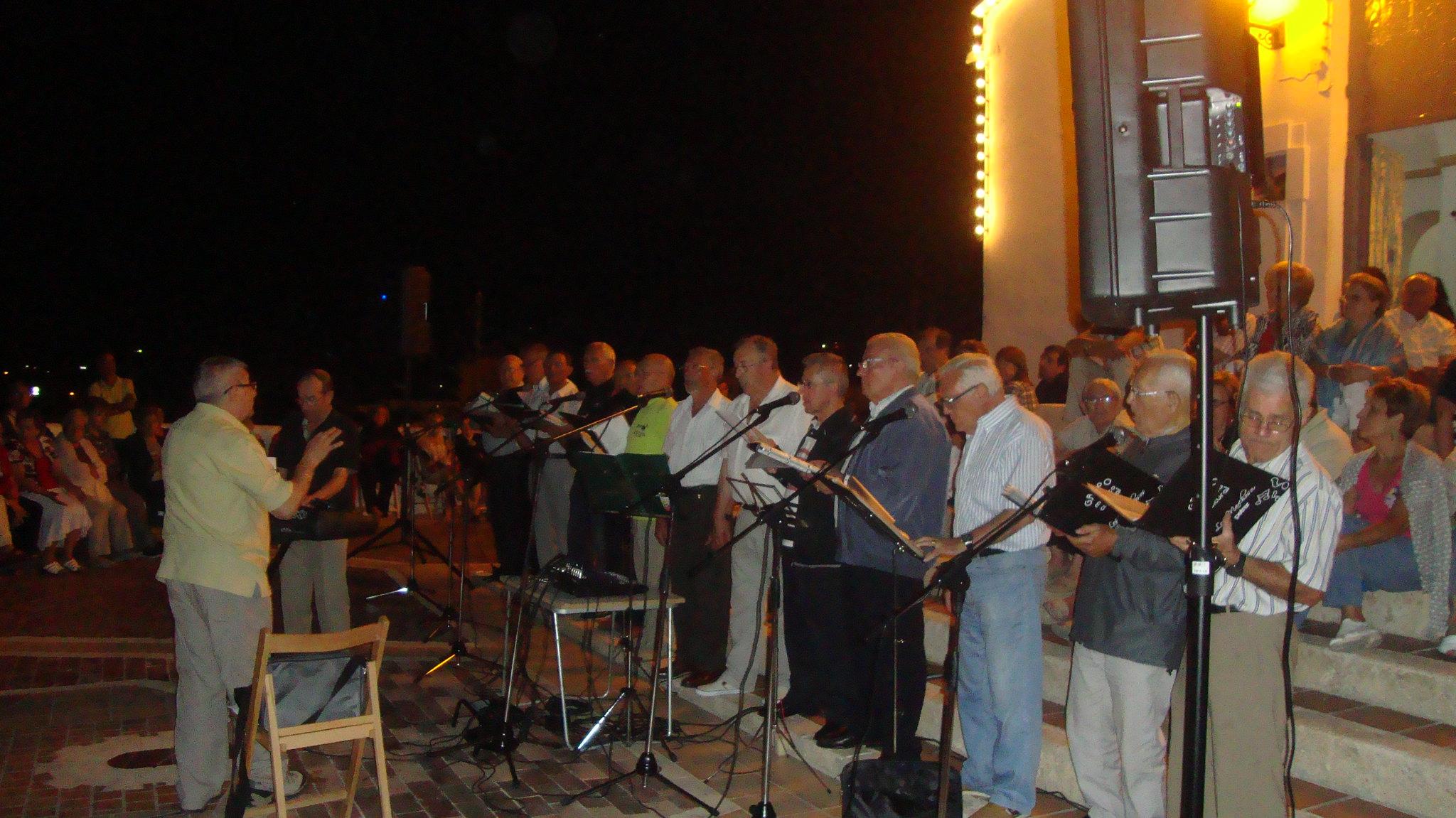 (2012-06-15) - III Serenata Los Marchosos - Javier Montesinos Villaplana (05)