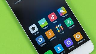 Xiaomi Mi 5   by TechStage