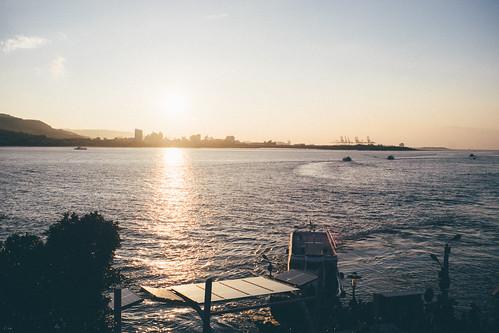 sunset ferry river riverside sony wharf flektogon 日落 淡水 tamsui czj 淡水河邊 碼頭 a7ii