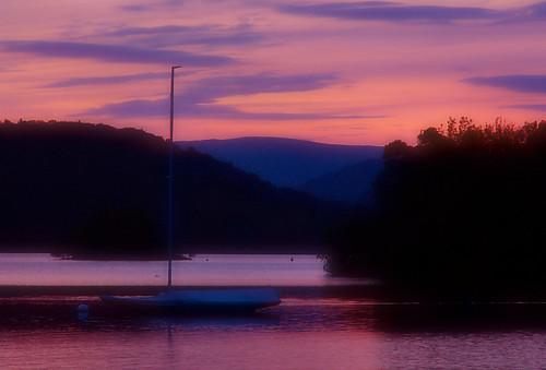 sunset england lake geotagged boat nationalpark lakedistrict may 2006 cumbria weeklysurvivor windermere bowness lakedistrictnationalpark blueribbonwinner geo:lon=2922792 z16031 geo:lat=54362808