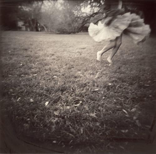 spinning | by Laura Burlton - www.lauraburlton.com