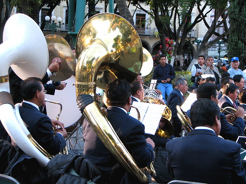 Band members play at the Zócalo