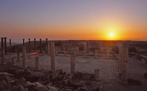 sunset archaeology greek ancient middleeast jordan column umqais