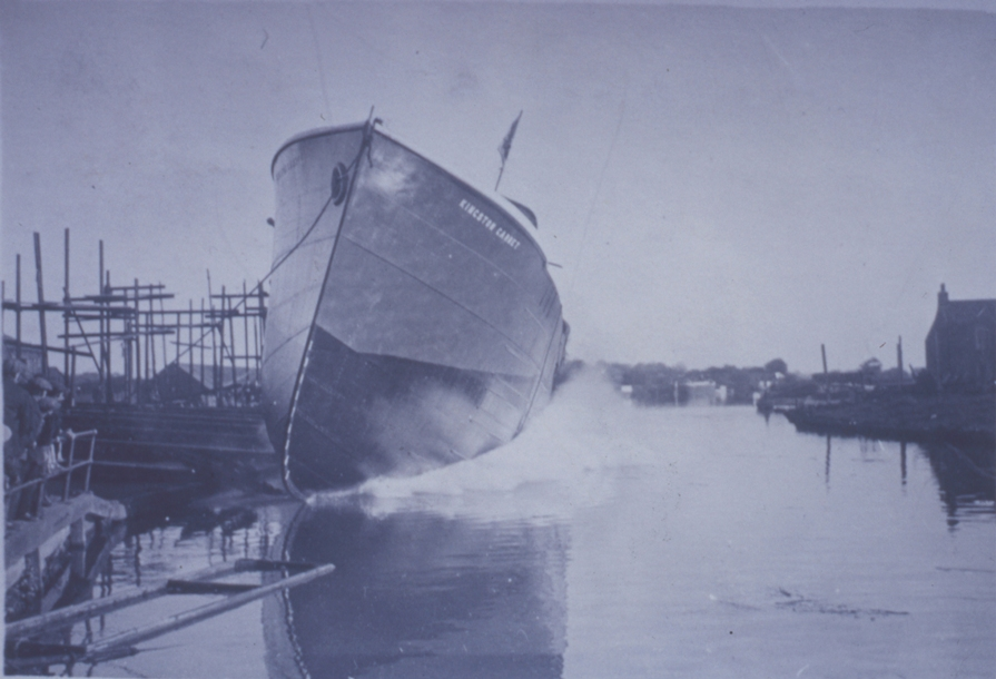 Launch of Kingston Garnet, Beverley 1928 (archive ref DDPD-2-2-5)