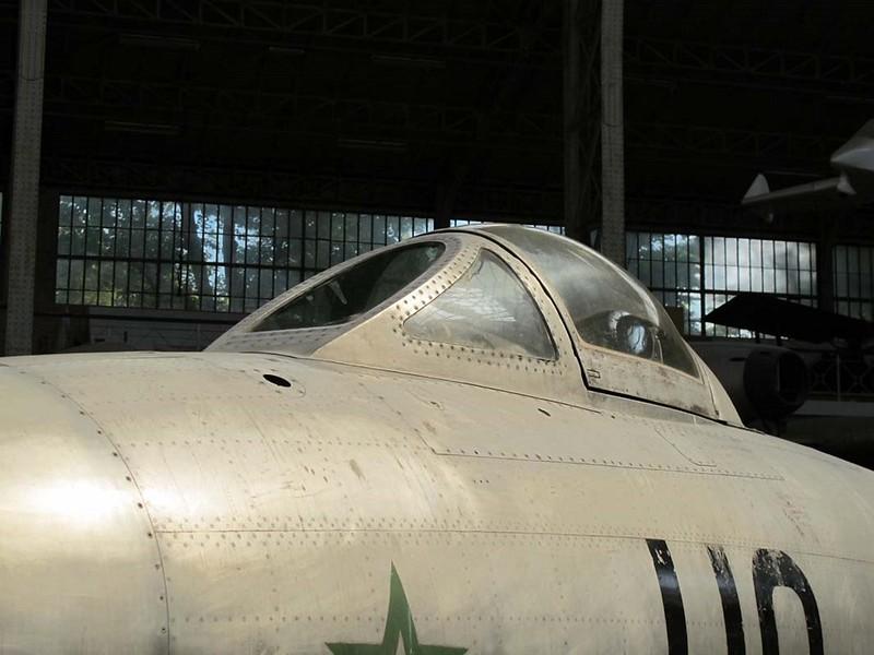 Dassault M.D.450 Ouragan 5