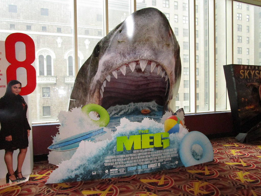 The Meg 2018 film Theater Shark Standee NYC 3195 | The Meg 2…