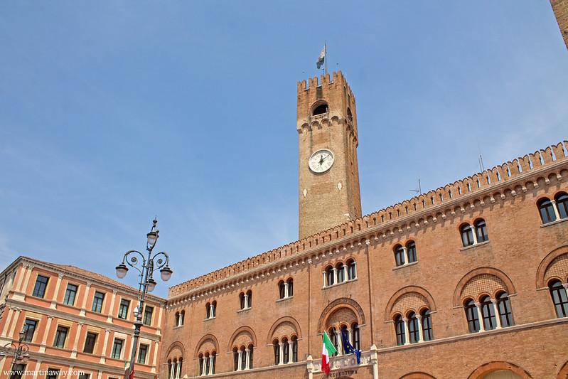 Piazza dei Signori, Treviso cosa vedere