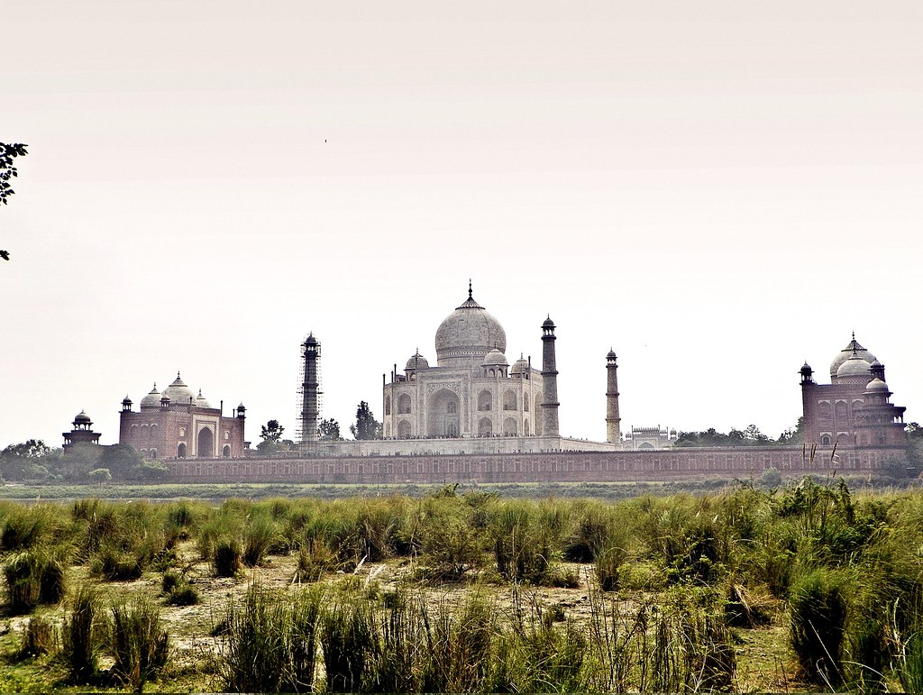 Bagh Mehtab tourist places in Agra