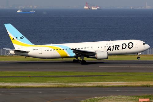 airdo ado hd japan aircraft airplane airport plane planespotting canon 7d 100400 tokyo haneda rjtt hnd boeing 767 767300 boeing767 boeing767300 ja601a