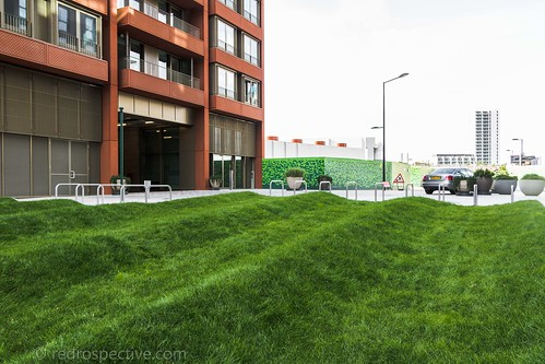 2017 - Open Square Garden - Saturday - 08 - Gasholder Park -7283 | by Out To The Streets
