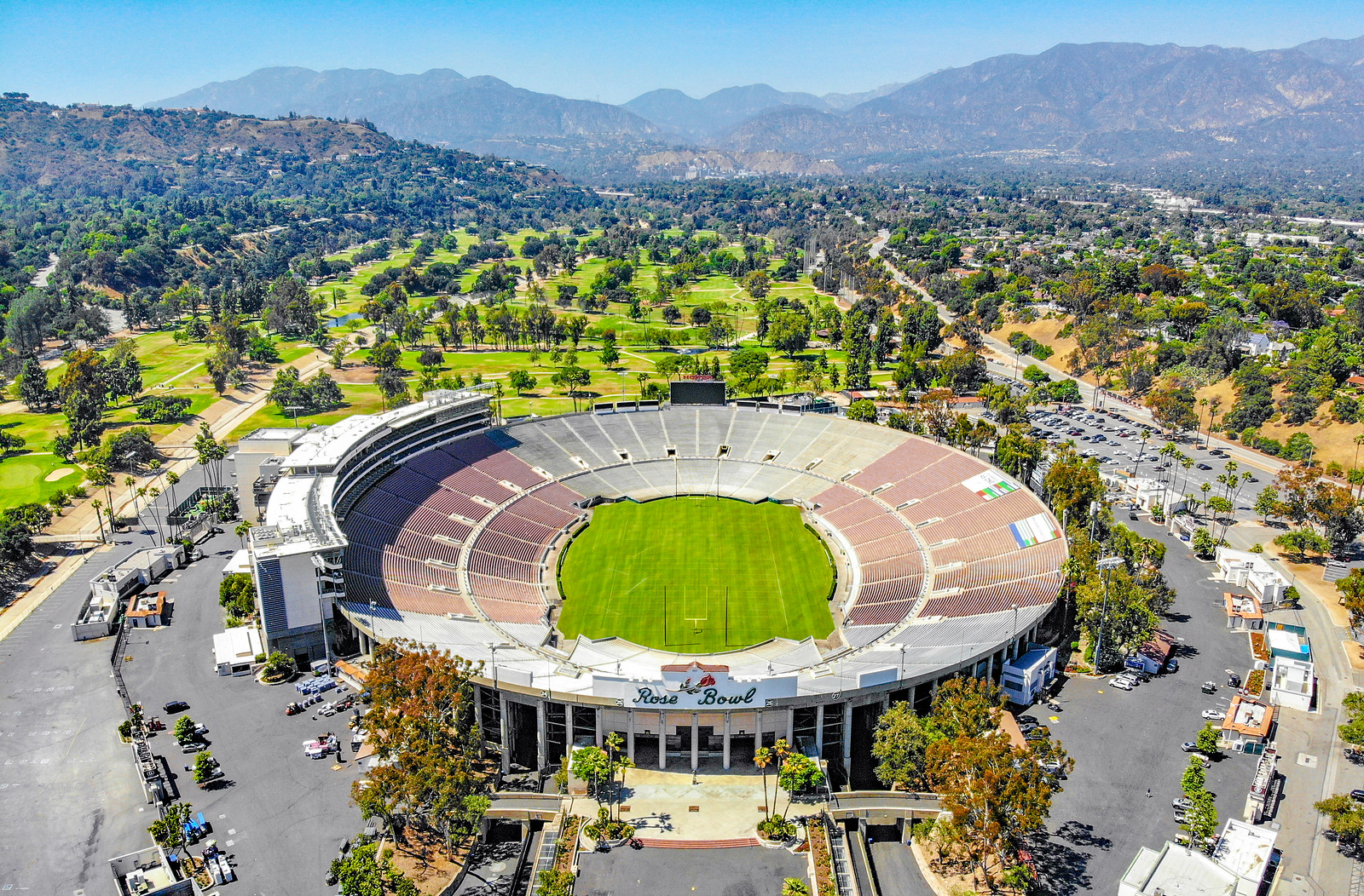 2018.06.17 Over the Rose Bowl, Pasadena, CA USA  0039