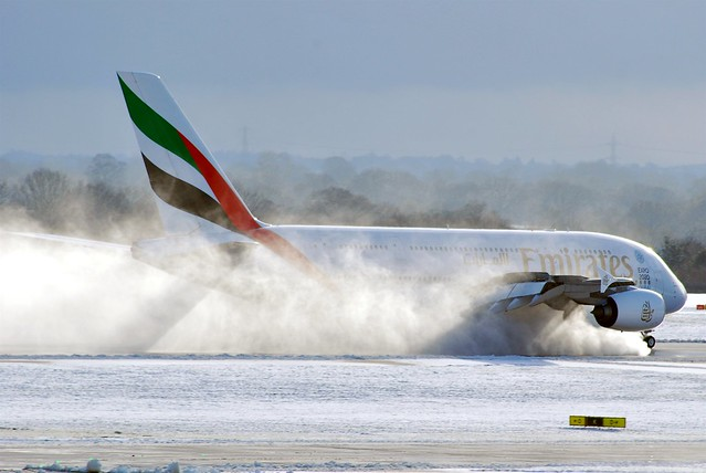 Emirates landing on wet snow Manchester March 2015