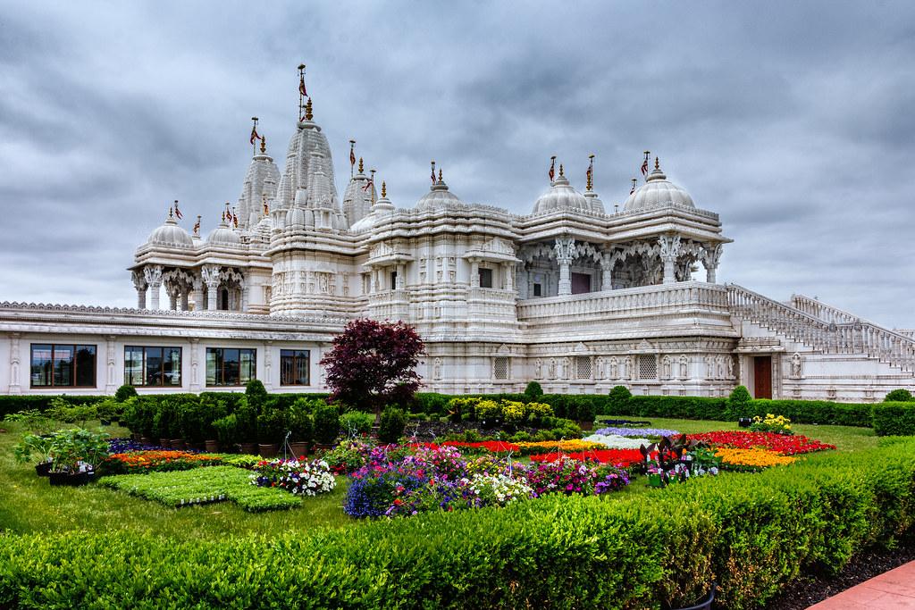 BAPS Shri Swaminarayan Mandir Toronto | The mandir was built… | Flickr