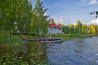 All what you need in summer 😊 Traditional finnish wooden house by the lake. BTW photo was taken at 21:00. | by L.Lahtinen (nature photography)