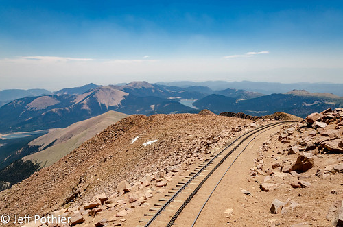 nikon d7000 colorado pikespeak cograilway train tracks view sky