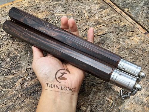 Côn nhị khúc gỗ quý Trần Long