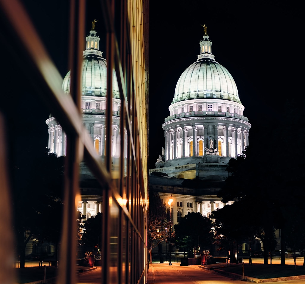 Reflecting Madisons Changing Capitol >> Reflection Of The Capitol At Night Madison Wi Devlik Photography