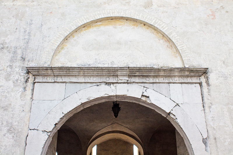 Porta Santi Quaranta