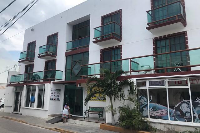 木, 2018-03-08 14:54 - Hotel Isleño