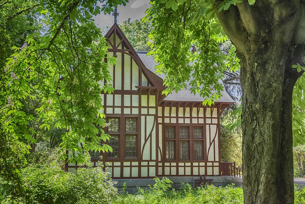 Casa de los jardines del Campo del Moro | Angeles Torres | Flickr