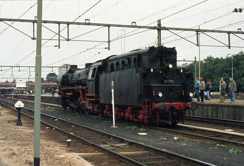 810926 126-30a  Amersfoort | by Gerard van Vliet