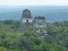 Tikal, pohled z chrámu IV směrem na Great Plaza a pyramidy I a II, foto: Petr Nejedlý