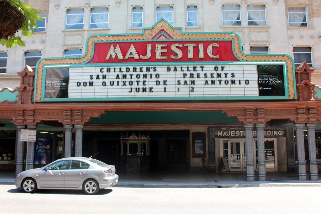 San Antonio - Downtown: Majestic Theater