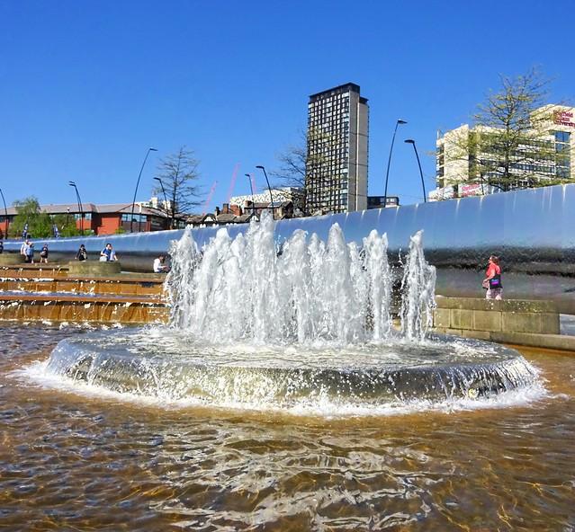Sheffield station fountain