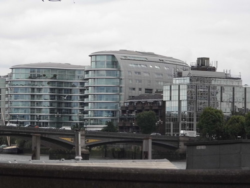 Battersea Bridge   by satguru