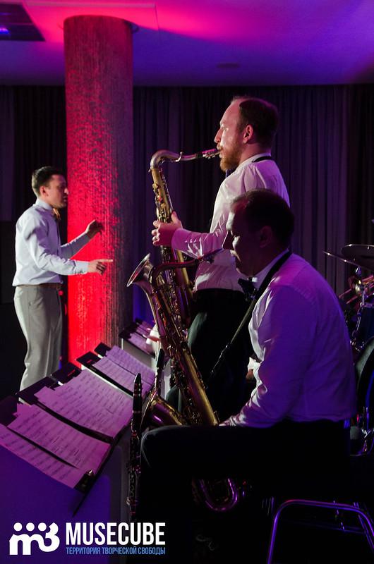 Большой джазовый оркестр-034