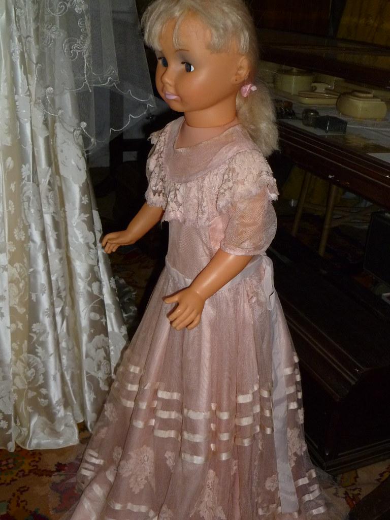 e33146b538e ... Maureen Tucker wedding flower girl dress 1951