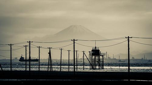 chiba kisarazu egawacoast mtfuji fujisan tanker line sea pole