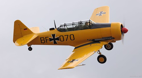 North American 4T-6 Harvard G-CHYN Mk.4M Upottery Airfield 2018   by SupaSmokey