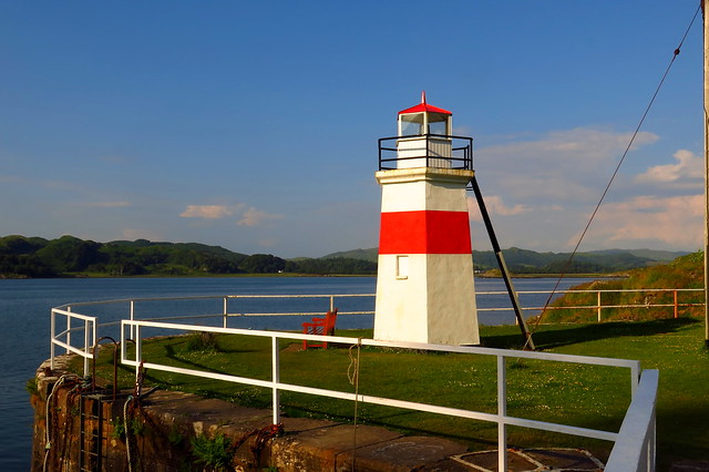 The wee lighthouse, Crinan.