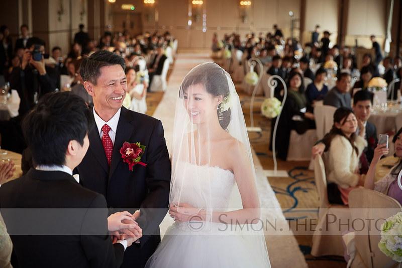 帶著女兒,步入婚禮,絕對係父親一世難忘的moment
