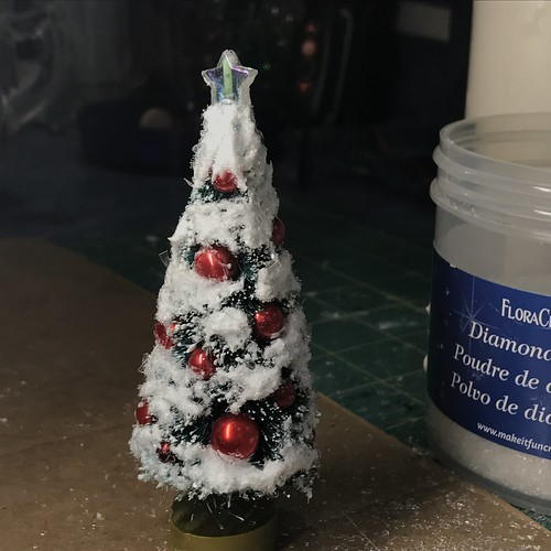 decorating bottle brush trees | by christmasnotebook