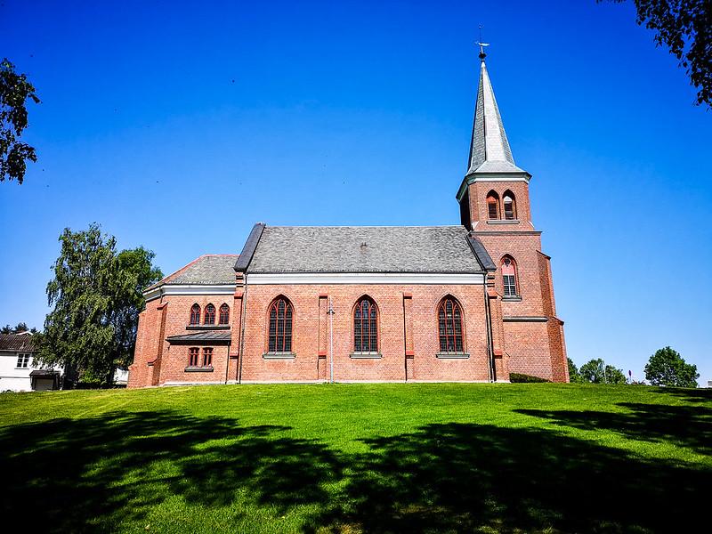 39-Skoger nye kirke