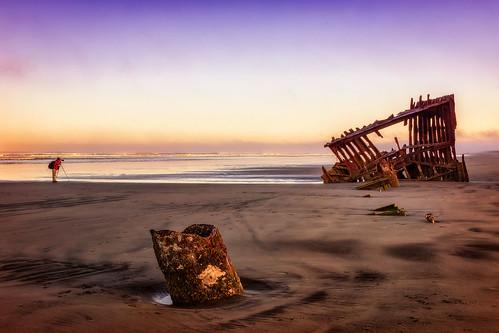 wreckofthepeteriredale fortstevensstatepark oregon shipwreck sunrise wilbur photographer sand ocean