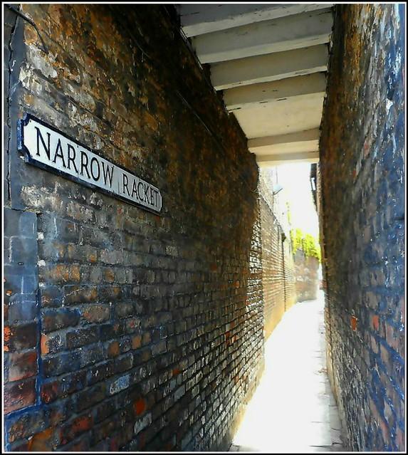 Narrow Racket ..