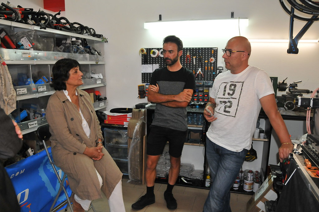 Assessora Piras visita start up Cube Controls Sassari 3 | Flickr