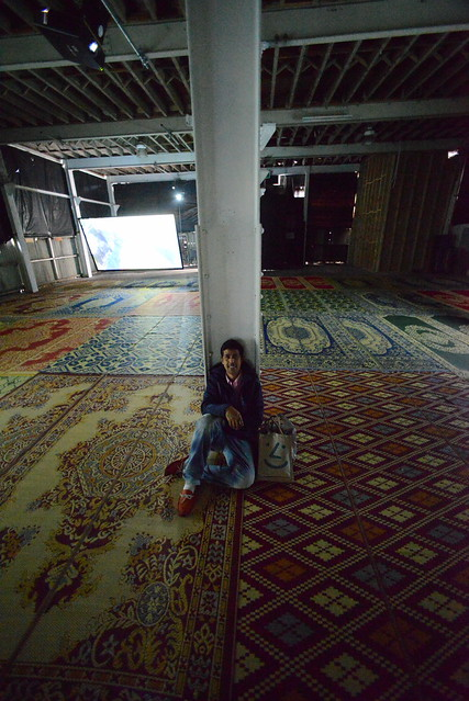 Hanging at the (virtual) Sufi Mosque