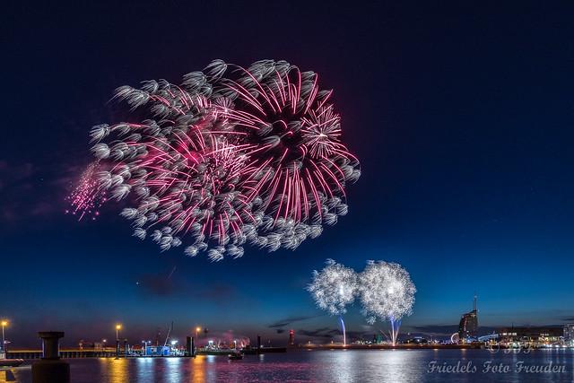 Fireworks Seestadtfest Bremerhaven