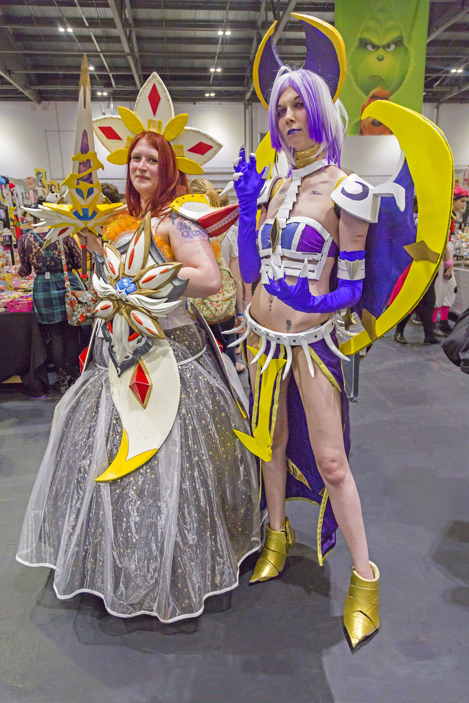 London Mcm Comic Con May 2018 Pokemon Sun And Moon Solgal