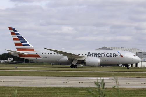 American 787 N814AA side | by paulziets