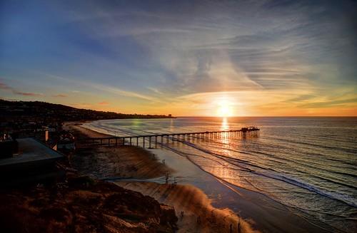 lajolla california cali socal southerncalifornia sandiego sandiegocalifornia lajollashores beach coastline coast pacificocean ocean waves hdr highdynamicrange sunset evening night wispy clouds clearskies colorful shadows downtown tokina1116mmf28 nikon d7000 light
